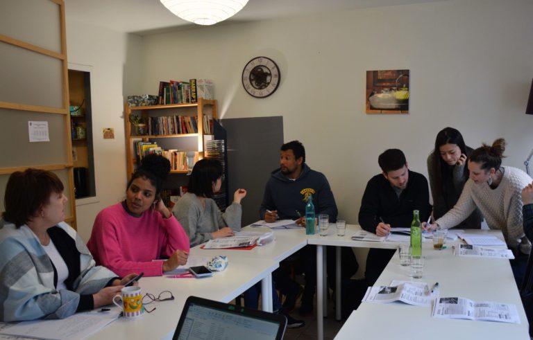 Atelier discussion français pour les étrangers à FLE Nantes